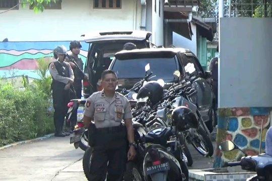 Densus 88 tangkap seorang terduga teroris di Magetan