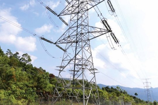 PLN Bangun dua jalur transmisi listrik ke Aceh