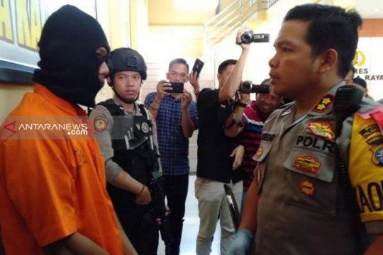 Polisi tangkap penguras tabungan puluhan juta rupiah milik pedagang