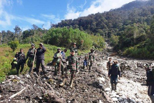 Helikopter TNI hingga hari ketujuh belum ditemukan