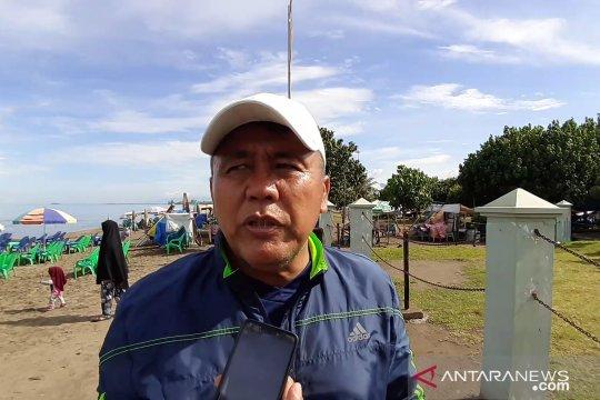 Syafrianto Rusli akan mundur jika Semen Padang kalah oleh PS Tira