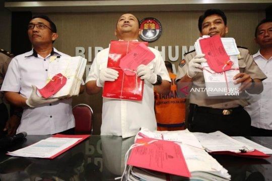 Polda Jatim tangkap mantan Ketua PSSI Kota Pasuruan