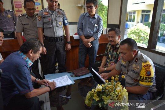 Gubernur Sulteng Longki Djanggola merasa dilecehkan dengan kasus hoax