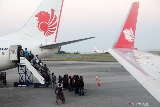 Maskapai penerbangan diminta patuhi skema penurunan tiket pesawat