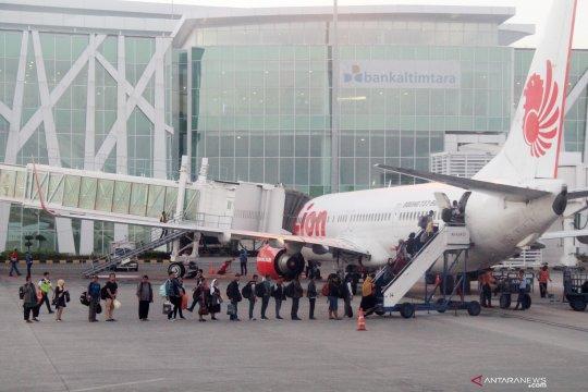 Pengamat sarankan pemda beri subsidi turunkan harga tiket pesawat