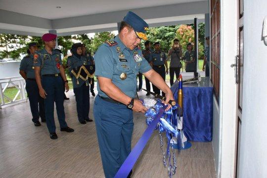 Pangkoarmada III ingatkan personel Lantamal Ambon hindari narkoba