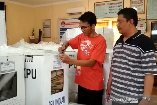 KPU Kudus buka seratusan kotak suara hadapi gugatan Pileg 2019