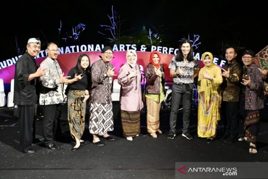 Pemkab Batang promosikan pariwisata di Festival Borobudur