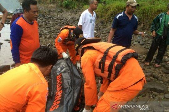 Petugas temukan korban tenggelam di Sungai Ciwulan Tasikmalaya