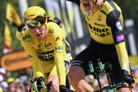 Jumbo dan Teunissen kampiun team time-trial etape kedua