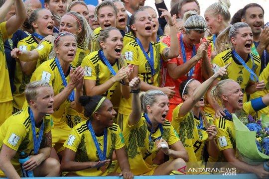 Pelatih Swedia: medali perunggu berbeda jauh dari peringkat keempat