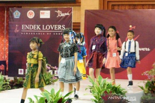 "Dekranasda Denpasar gelar peragaan busana ""Endek Lovers"""
