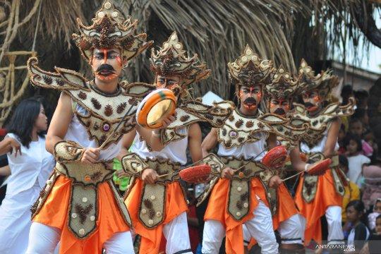Atraksi  budaya pada Festival Lima Gunung