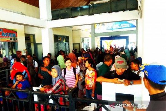 Pulau Sabang dikunjungi ribuan wisatawan selama liburan sekolah