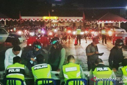Razia malam hari, 115 pelanggar aturan lalu lintas terjaring