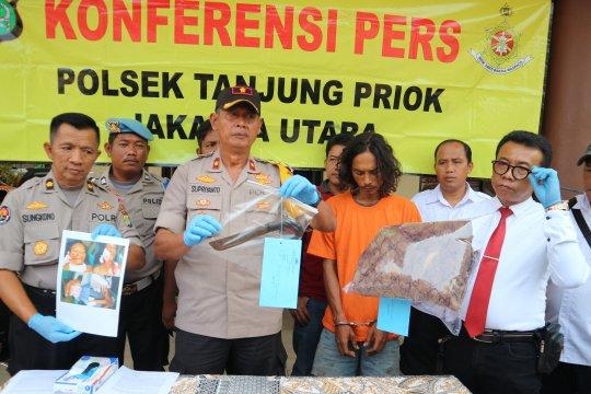 Aniaya istri dengan golok, pria pengangguran dibekuk polisi