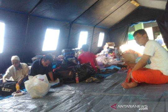Korban kebakaran Cipinang belum tahu lokasi pengungsian berikutnya