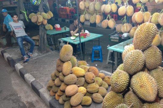 Kawasan Mangga Besar yang menjadi sentra durian di Jakarta Barat