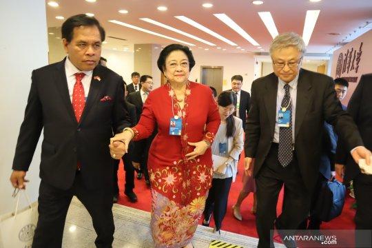 Megawati kunjungan ke Beijing