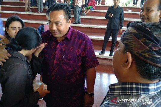 Orang tua siswa mengadu persoalan PPDB ke DPRD Bali