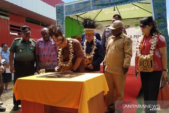 Pertamina resmikan SPBU Kompak di Kampung Bamomani Kabupaten Dogiyai