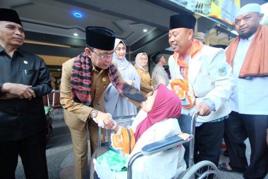 Dua calon haji Mataram gagal diberangkatkan