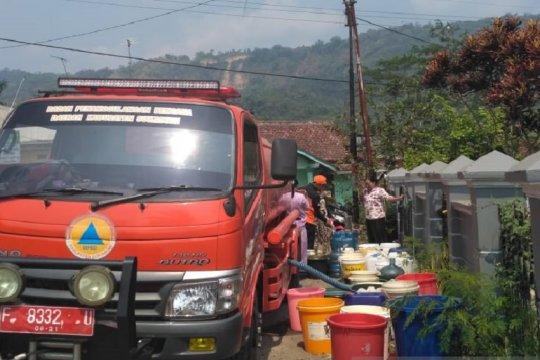 7 kecamatan di Sukabumi mulai kesulitan mendapat air bersih