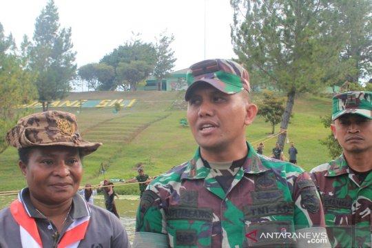 Personel kompi C-B Senggi masih terlibat pencarian helikopter M-17