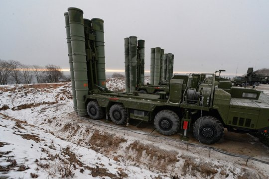 Rusia: sistem rudal S-400 sedang dikirimkan ke Turki