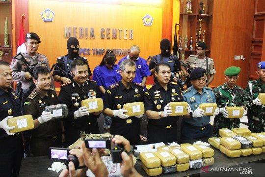 Bea Cukai Dumai gagalkan penyelundupan 39 kg ganja ke Malaysia