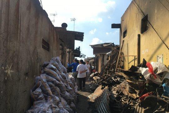 Korban kebakaran Tebet saat ini butuh bantuan air bersih
