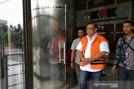 KPK panggil tiga saksi kasus suap perkara Kejati DKI