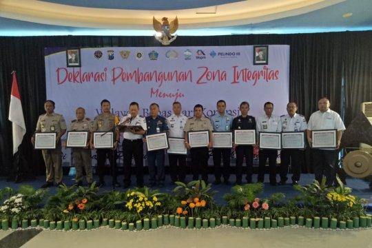 13 institusi di Tanjung Perak deklarasikan pembangunan zona integritas