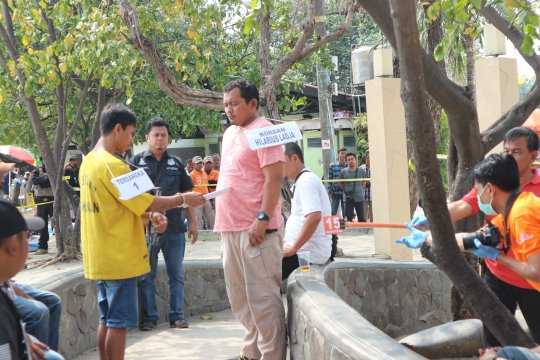 Polres Metro Jakut gelar rekonstruksi penganiayaan di Pantai Ancol