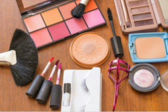 Adu kreatif industri kosmetik nasional dengan produk impor