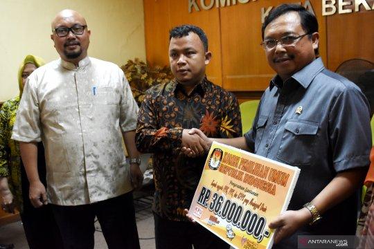 KPU serahkan santunan untuk ahli waris petugas KPPS di Bekasi