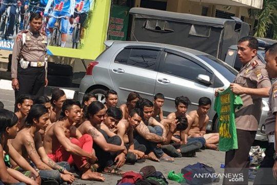 Bonek bersenjata tajam ditangkap di Yogyakarta