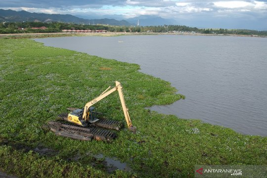 Pembersihan Danau Limboto