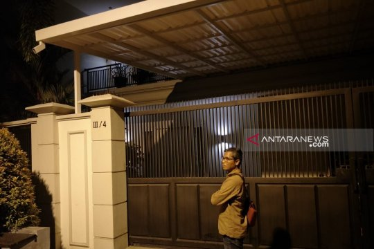 Gubernur belum tahu penggeledahan rumah komisaris Bank Jatim