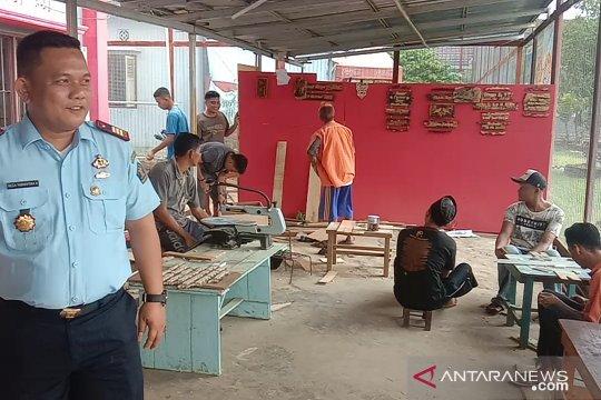 Warga binaan Lapas Banyuasin siap pasarkan cenderamata ke mancanegara