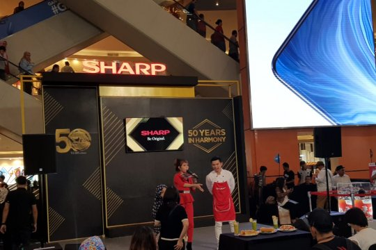 Menuju 50 tahun, Sharp Indonesia gelar pameran besar di lima kota