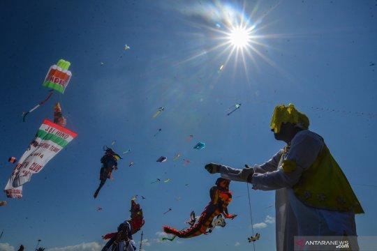 Festival layang-layang internasional di Pangandaran