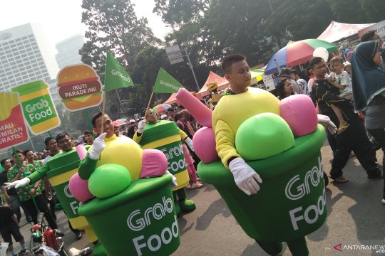 Ada pawai bagi-bagi camilan gratis di CFD Sudirman-Thamrin Jakarta