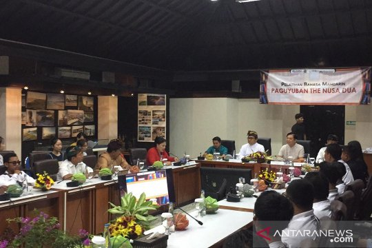 Pelatihan bahasa Mandarin ITDC tingkatkan pelayanan wisatawan China