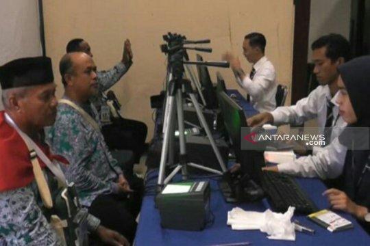 Jamaah calon haji asal Bangka Belitung tuntaskan tes biometrik