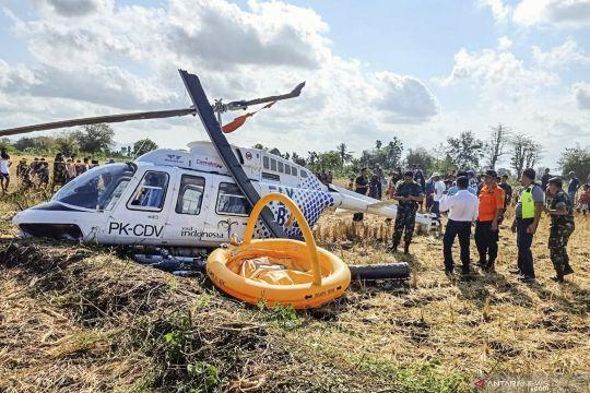 Helikopter angkut 3 WNA jatuh di luar pagar Bandara Lombok