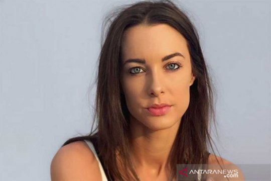 Pesohor YouTube Emily Hartridge tewas dalam kecelakaan skuter