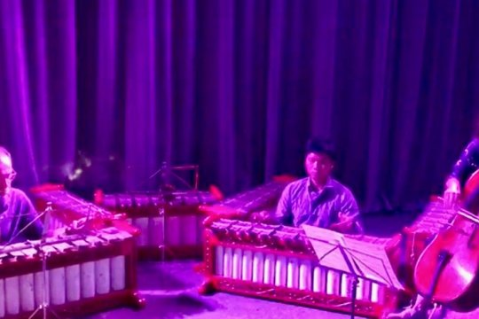 Kolaborasi gamelan dan cello tampil di Intimate Gamelan di London