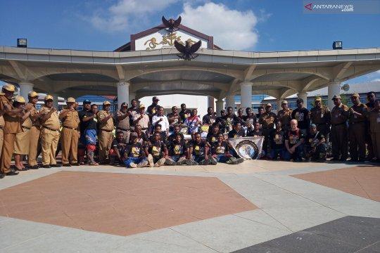 Komunitas motor trail Waropen susuri trans Papua-Papua Barat