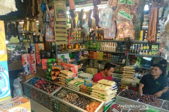 Penjualan oleh-oleh haji di Tanah Abang mulai meningkat